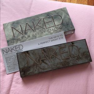 NWT Urban Decay Smoky Naked Eyeshadow palette